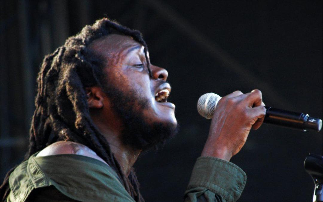 Découvrez l'artiste jamaïcainSamory-i